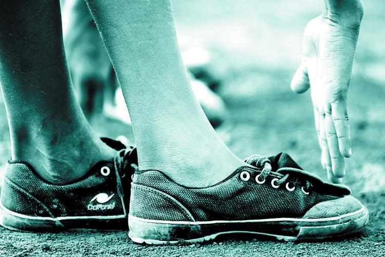 Gentes e Locais/Pés descalços 3