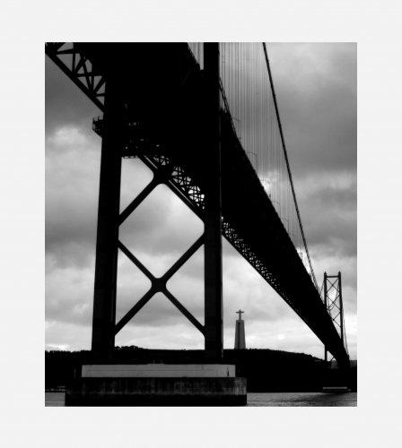 Paisagem Urbana/Sob a ponte II