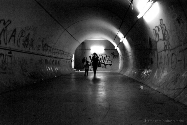 Gentes e Locais/Dentro do Tunel...