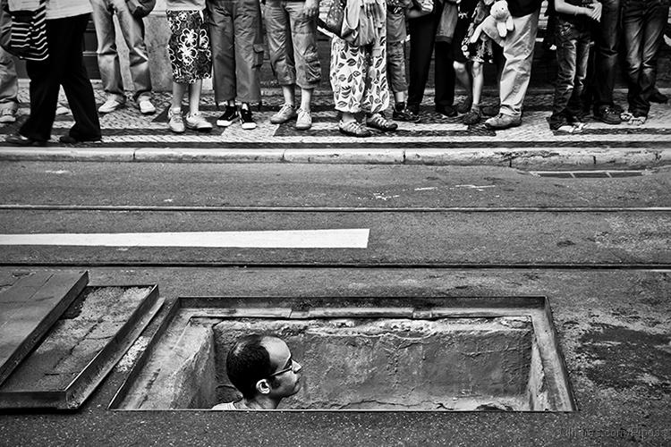 Gentes e Locais/O Buraco