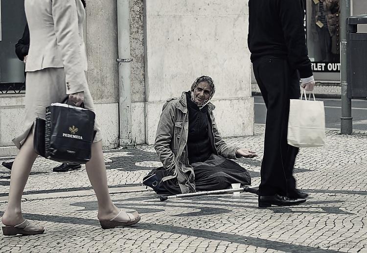 Fotojornalismo/A mendicidade no Estado Novo