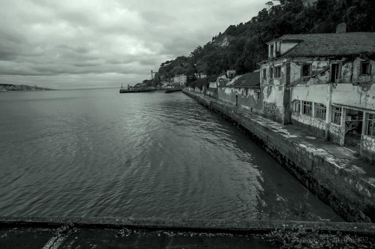 Paisagem Urbana/By the River Tagus