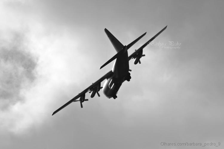 Outros/Airplane