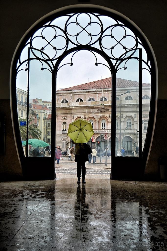Outros/No rasto da chuva