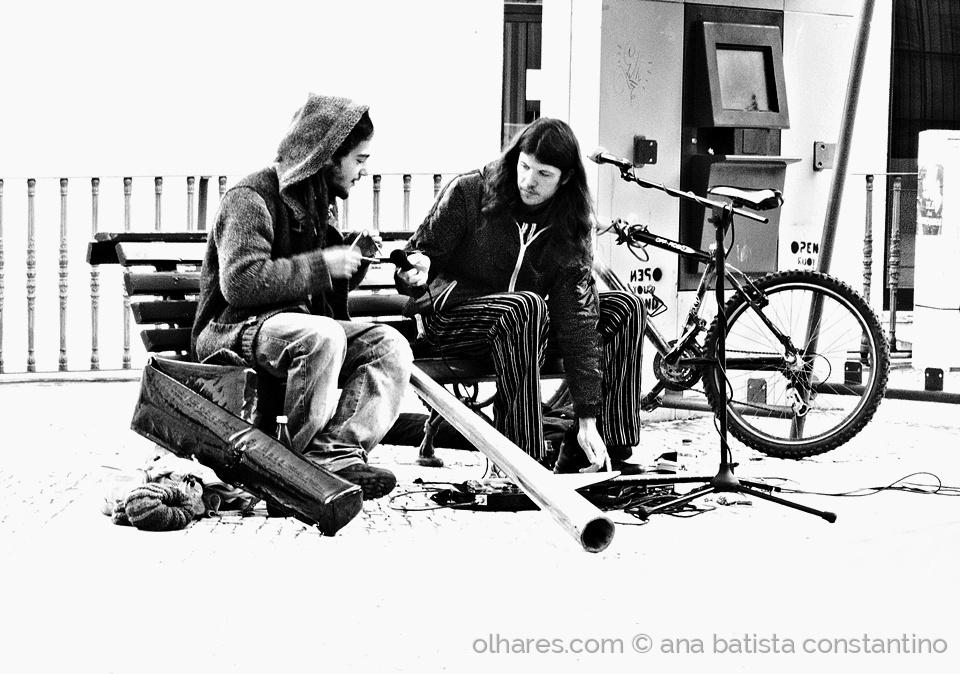 Gentes e Locais/Vidas retratadas num olhar sobre a cidade ...