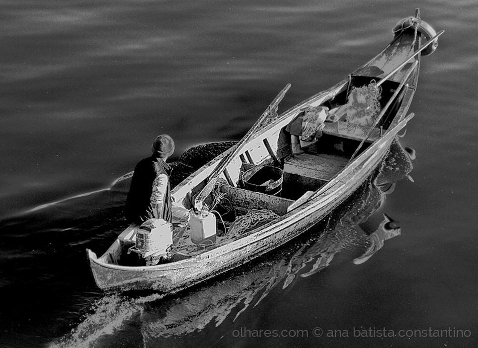 Gentes e Locais/Rio abaixo, rio acima ...