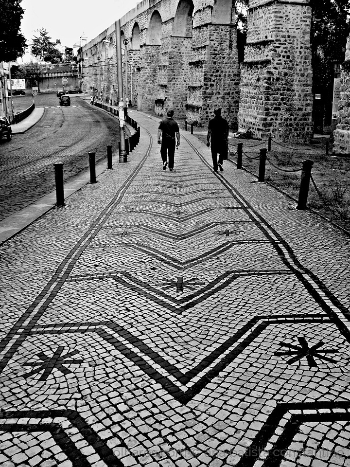 Gentes e Locais/Calçada portuguesa ...