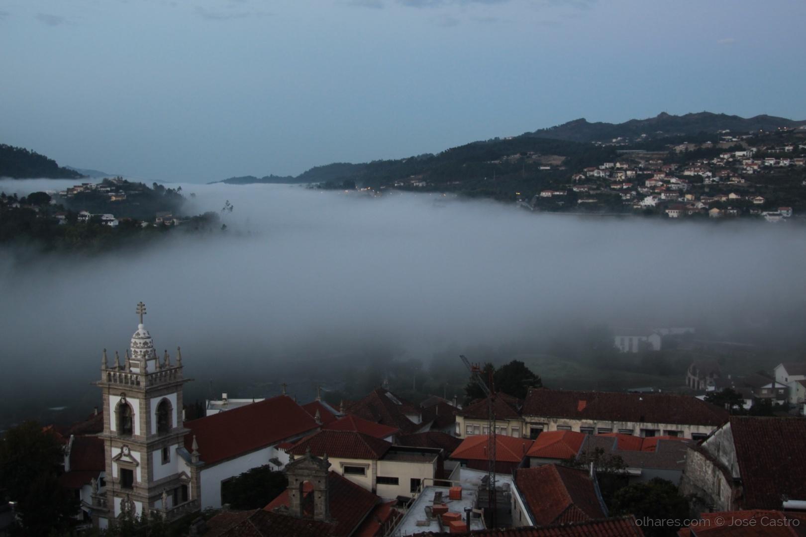 Paisagem Urbana/Rio de Nevoeiro