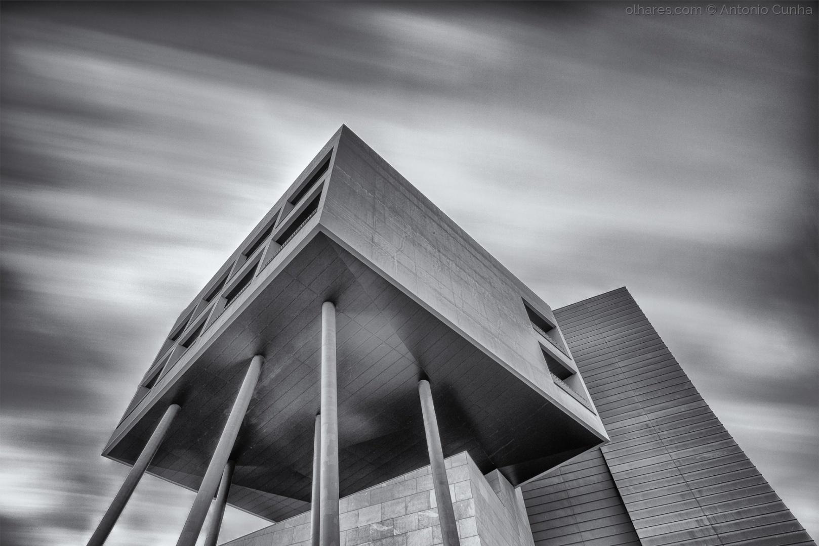 Paisagem Urbana/Into the sky