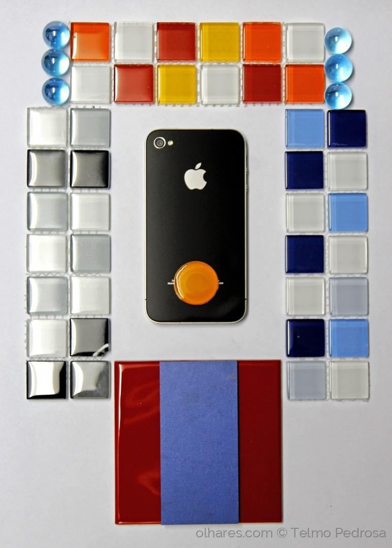 Abstrato/Composição Pop Art com telefone