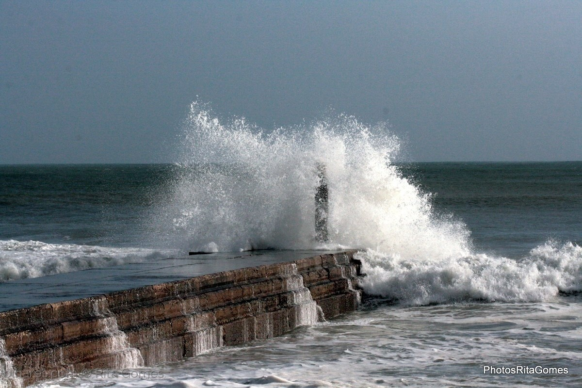 Gentes e Locais/Mar revolto.....