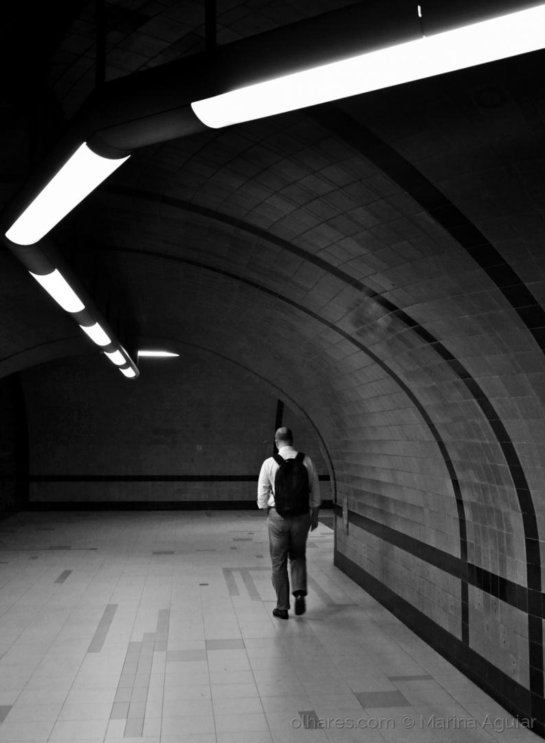 Paisagem Urbana/A luz termina ao fundo do tunel