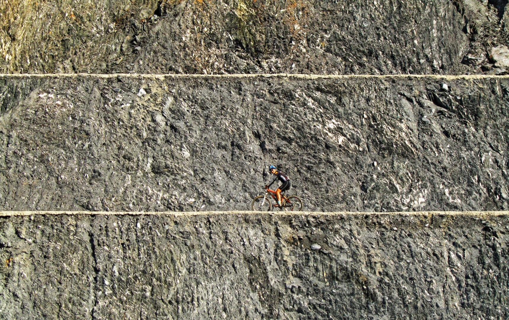 Paisagem Natural/O caminho das pedras