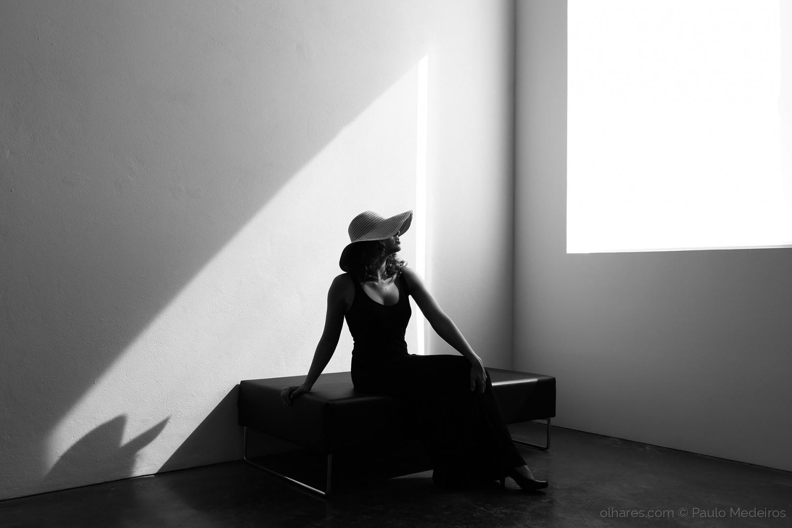 Moda/Quando a luz acaricia a pele