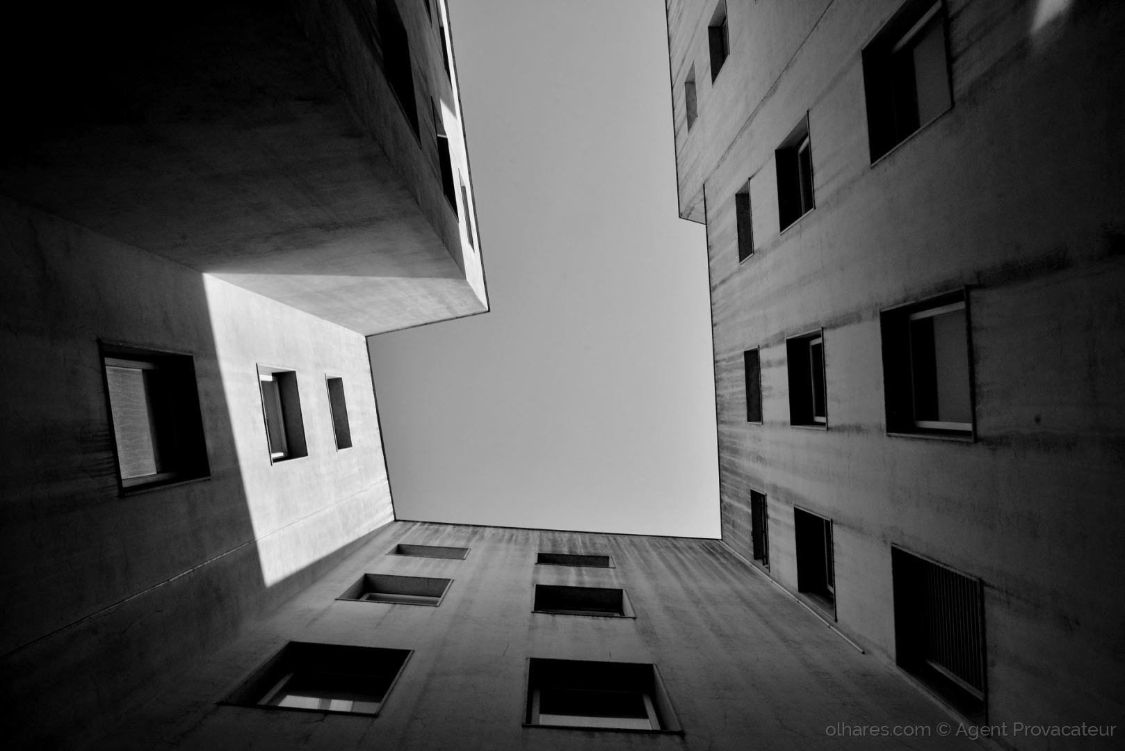 Paisagem Urbana/Aperta-se o cerco