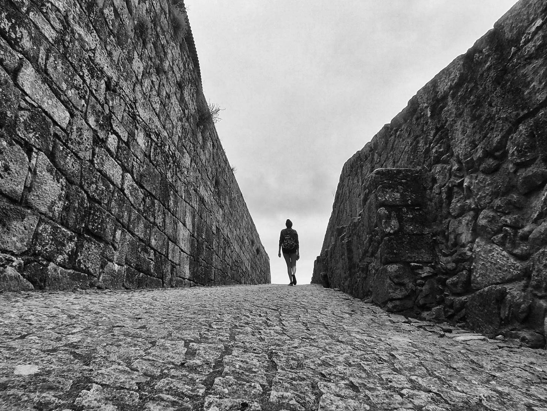 Gentes e Locais/A journey towards a destination