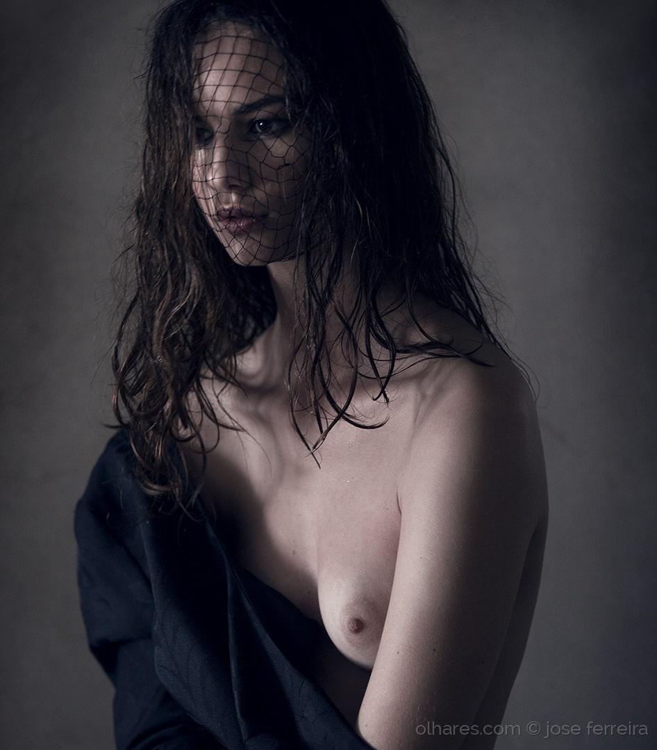 Nus/Portrait x