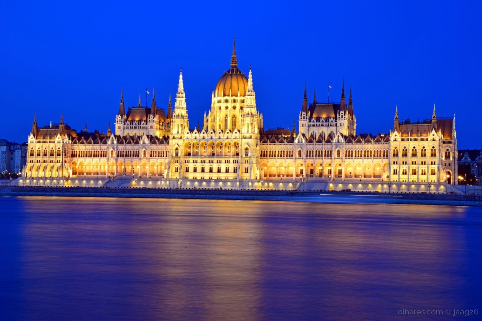 Parlamento h ngaro budapeste ler foto de jos godinho for Parlamento on line