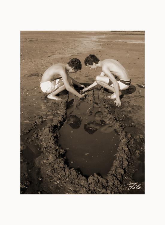 Gentes e Locais/Cumplicidade e areia negra...