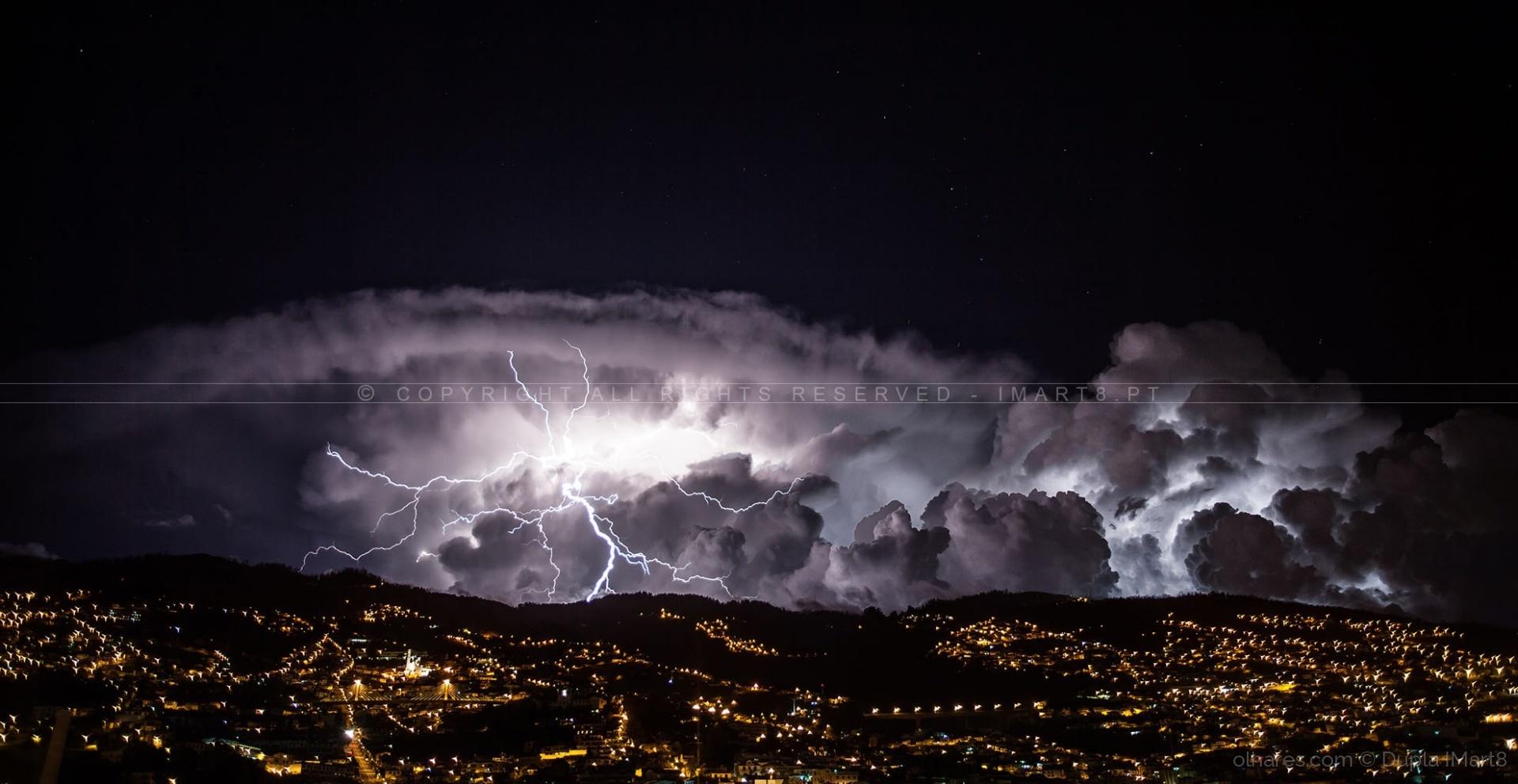 Paisagem Urbana/Mâo Eletrificante!....