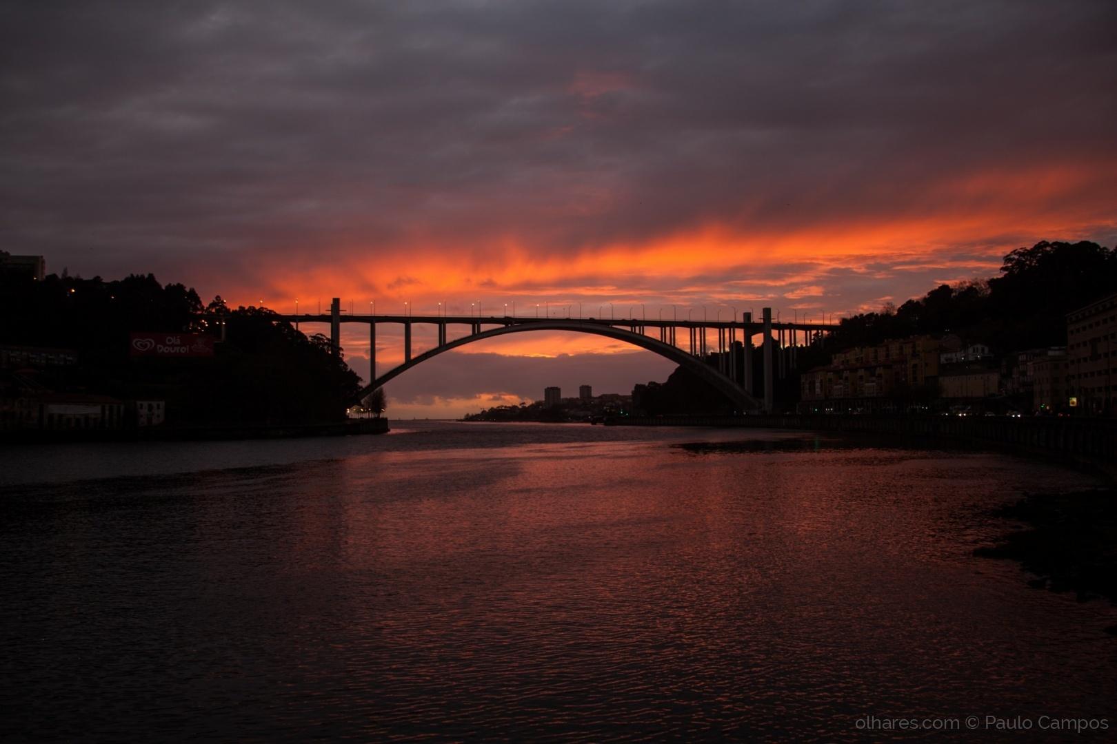 Paisagem Urbana/Douro (ver poema)