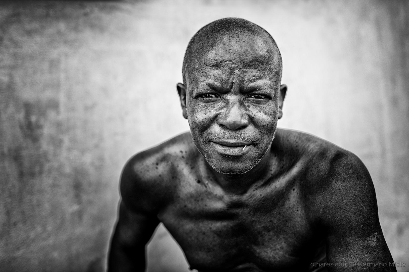 Gentes e Locais/O velho e o seu palito