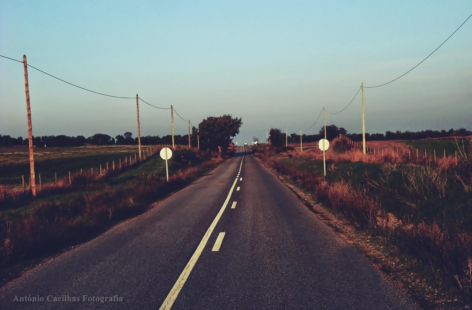 Abstrato/As pessoas são como as estradas (ler)