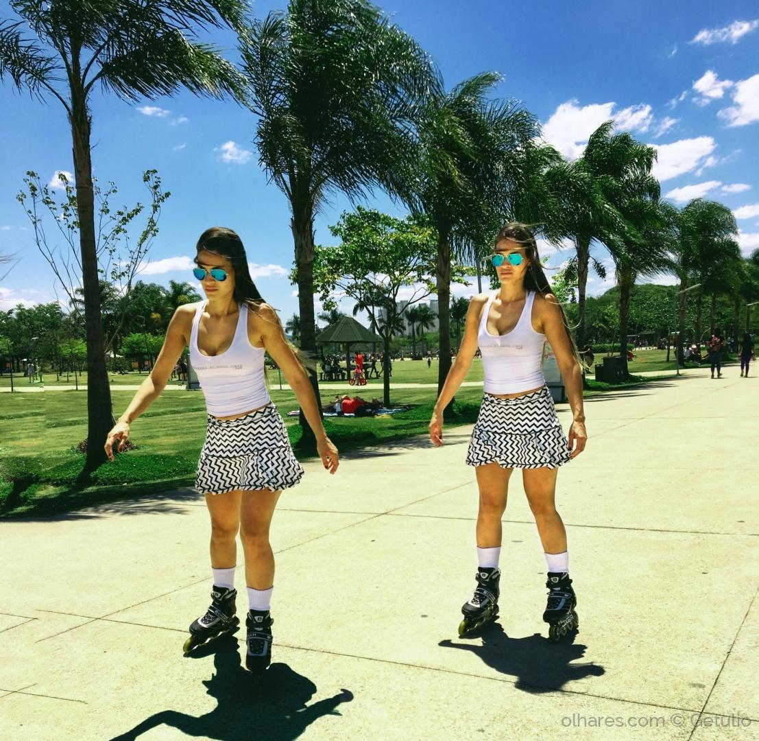 Moda/ As gêmeas
