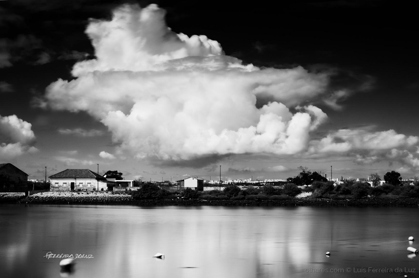 Outros/A nuvem da lagoa
