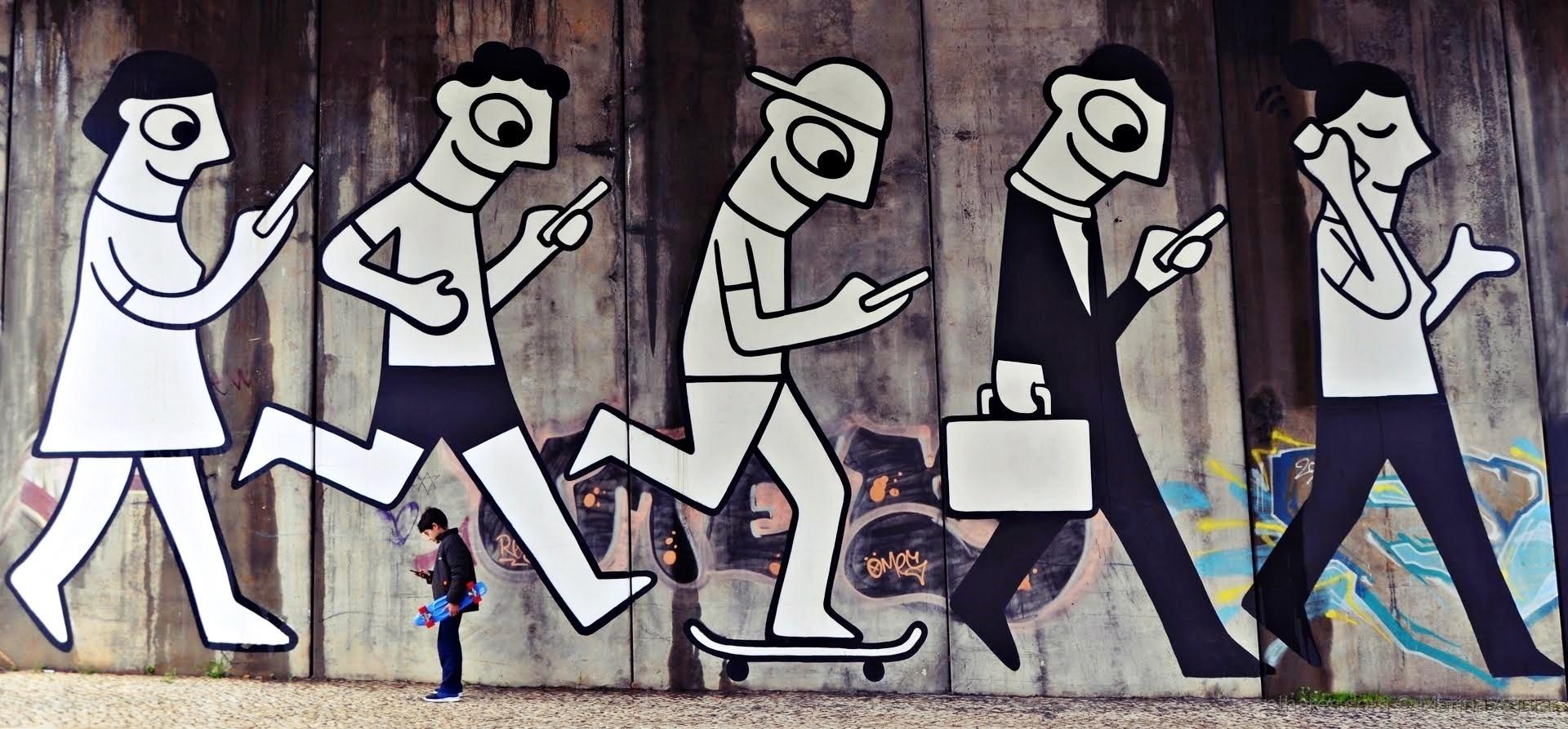 Paisagem Urbana/Haverá vida sem telemóvel ?! (Abrir ecrã/ler)