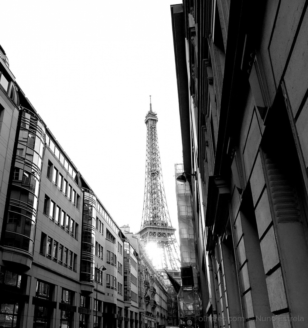 Outros/Paris