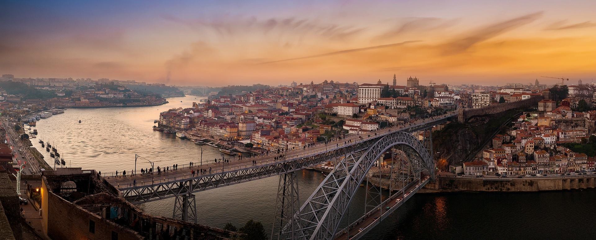 Gentes e Locais/Quem vem atravessa o Rio.
