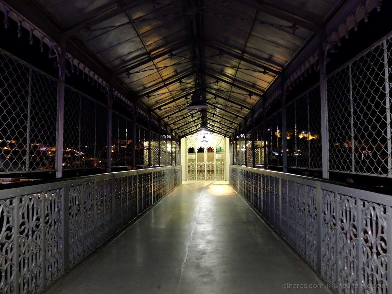 Paisagem Urbana/Luz ao fundo ....