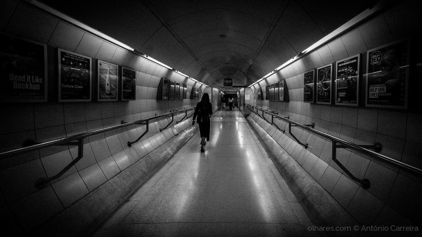 Paisagem Urbana/O tunel é uma passagem