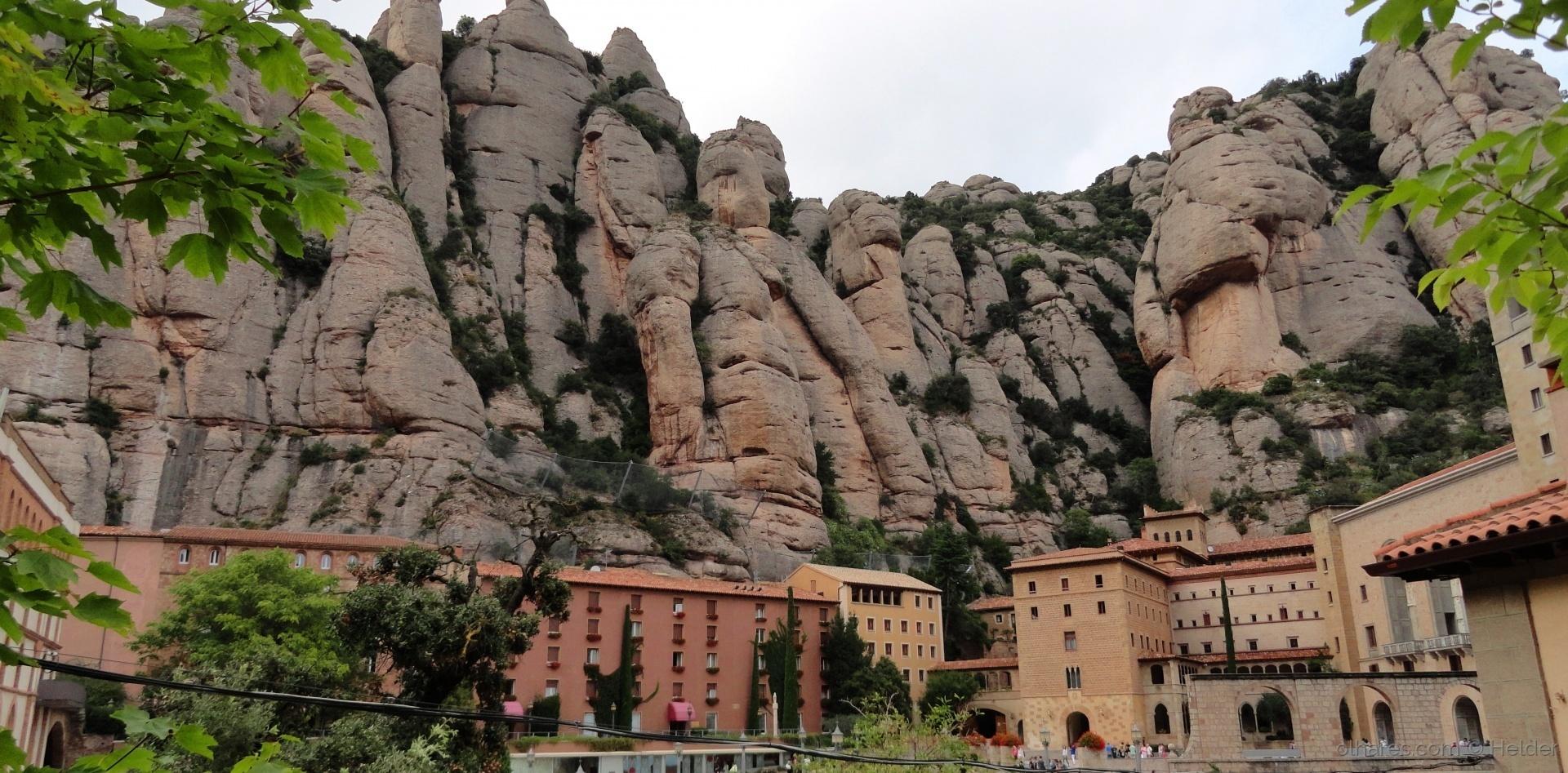 Paisagem Urbana/= Mosteiro de Monserrat=