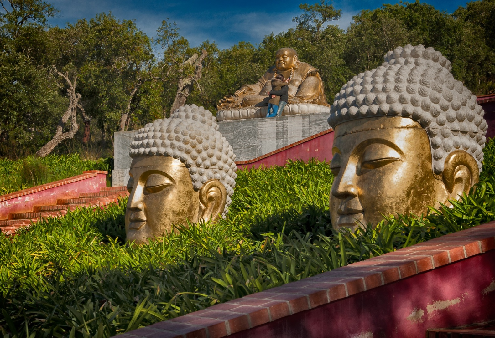 Gentes e Locais/Budhas