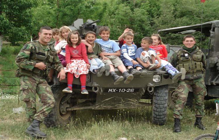 Fotojornalismo/Crianças do Kosovo