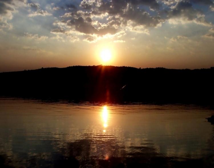 Paisagem Natural/O Sol desceu ao Mar