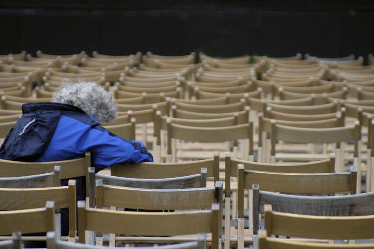 Gentes e Locais/Ai solidão solidão