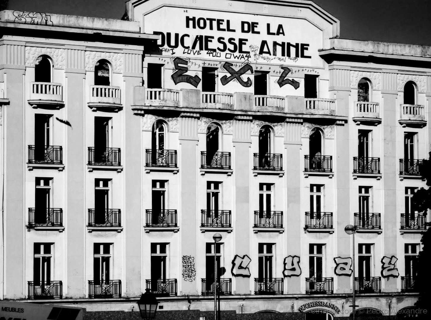 Fotojornalismo/Já foi um grande hotel...