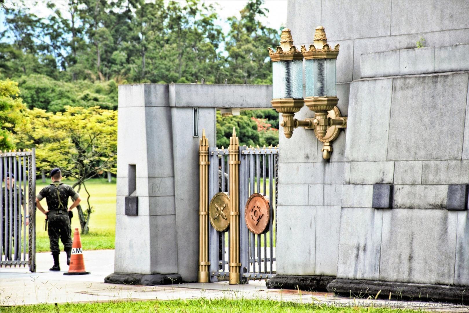Paisagem Urbana/Entrada da Academia Militar das Agulhas Negras