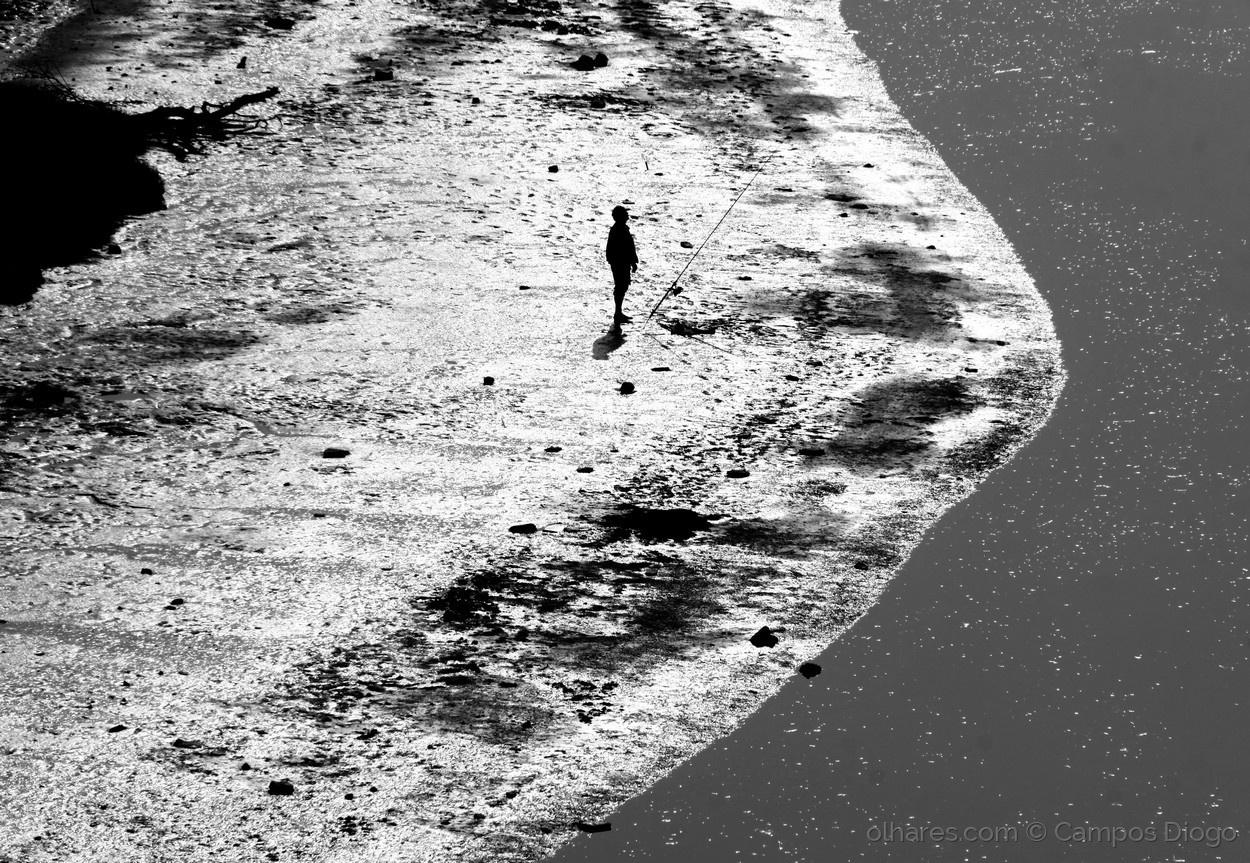 Gentes e Locais/Pescador no rio Mira