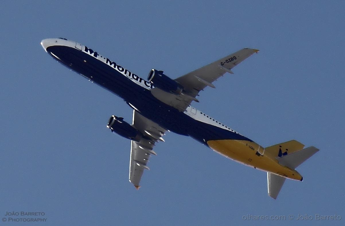 Fotojornalismo/G-OZBO A321-231 Monarch
