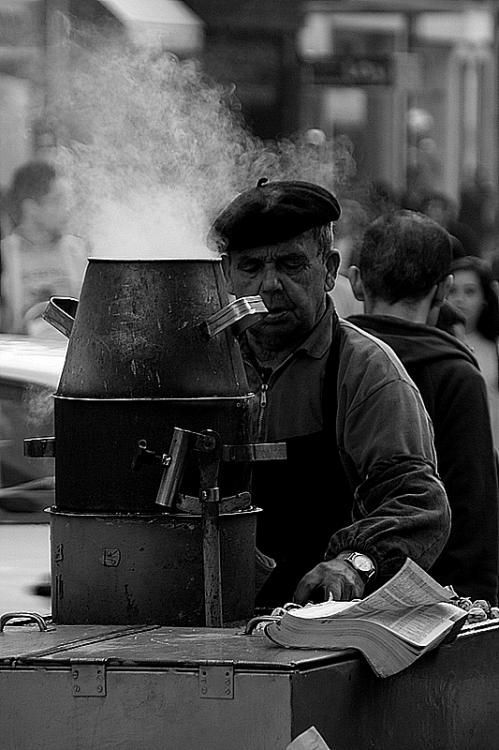 Fotojornalismo/ O homem das castanhas I