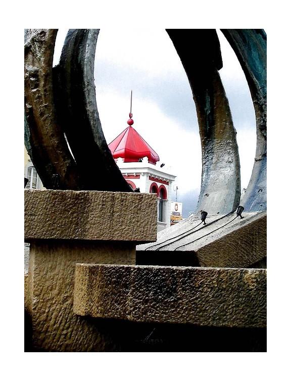 Gentes e Locais/Da Rotunda O Mercado