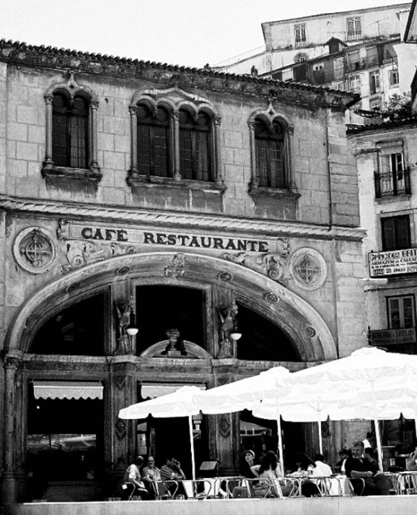 História/CAFÉ RESTAURANTE