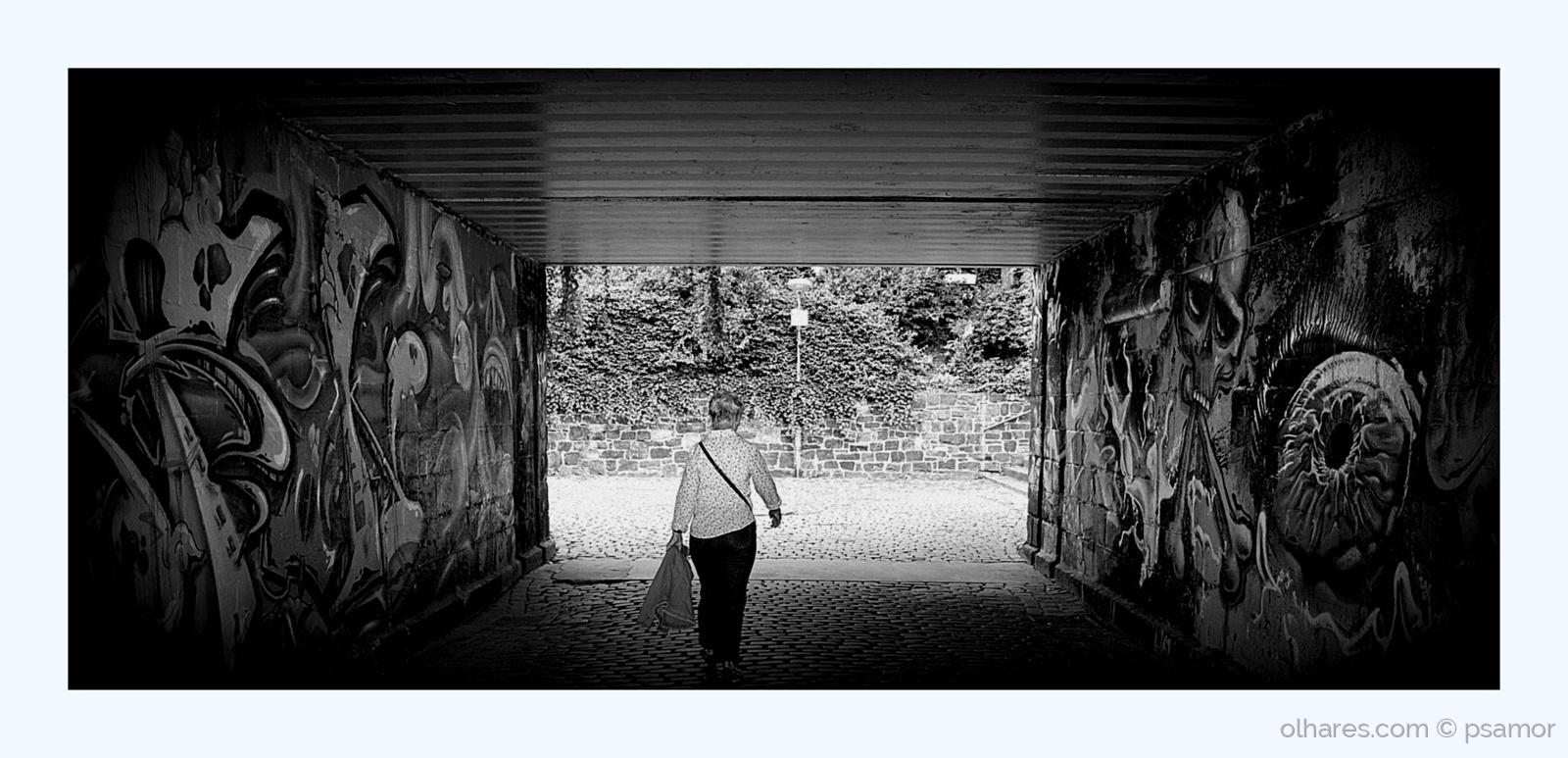 Gentes e Locais/o tunel