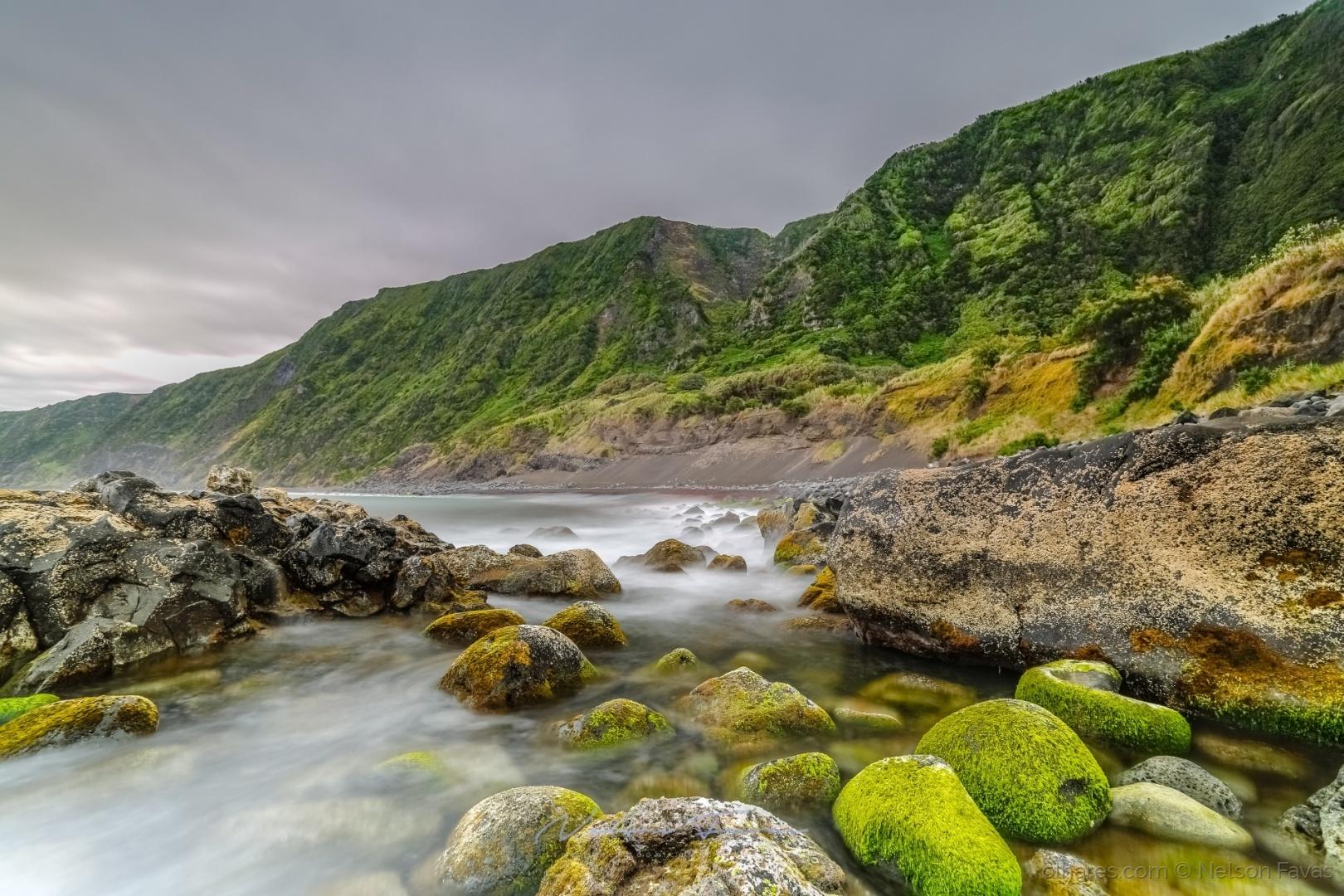 Paisagem Natural/Praia do Norte, Ilha do Faial, Azores