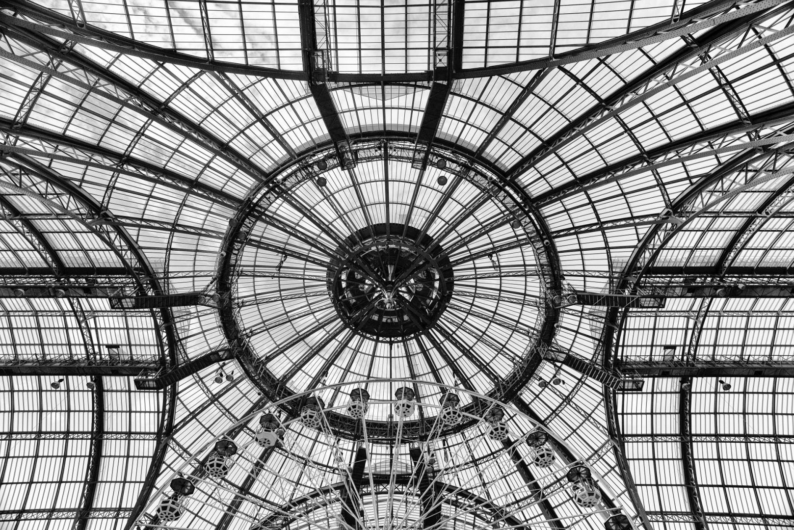 Abstrato/Vidro e Aço