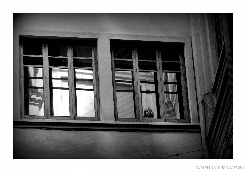 Gentes e Locais/A menininha da janela